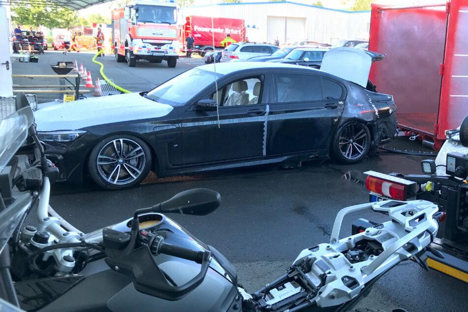 Auf dem Gelände eines Erfurter Autohauses brannte am Freitag ein E-BMW