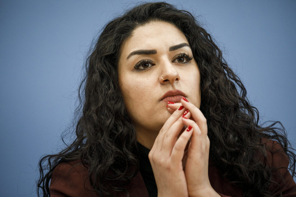 Linken-Politikerin teilte Foto von Terrorgruppe: Prozess abgesagt