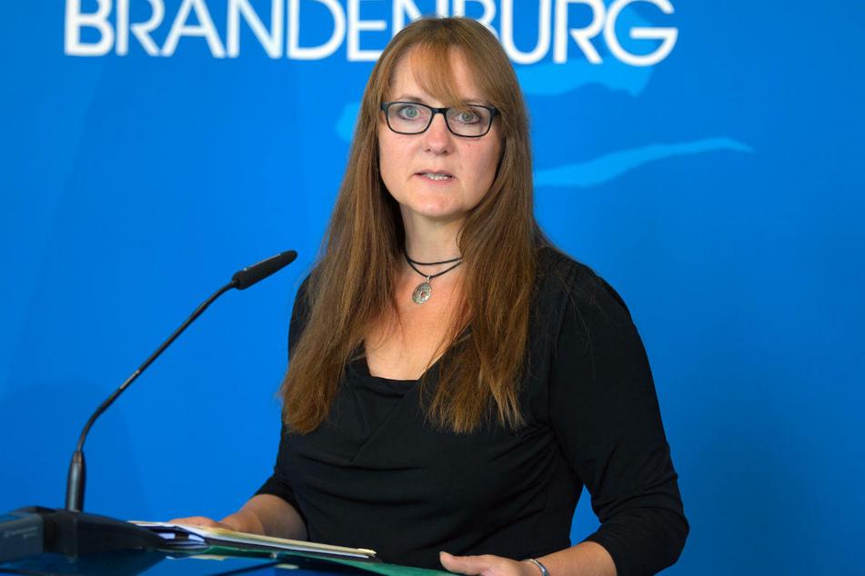 Brandenburgs SPD-Vizechefin Katrin Lange (49) hat nach Katarina Witts Corona-Kritik bei Facebook Verständnis gezeigt.