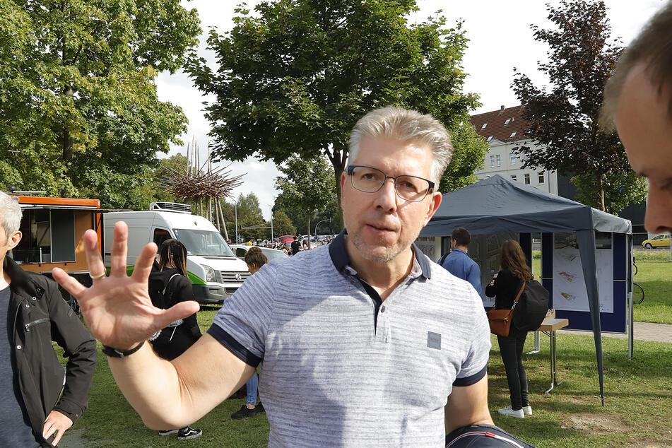 Sport-Bürgermeister Ralph Burghart (50, CDU) möchte durch das Roll- und Funsport-Zentrum die Jugend sowie Breiten- und Leistungssport fördern.