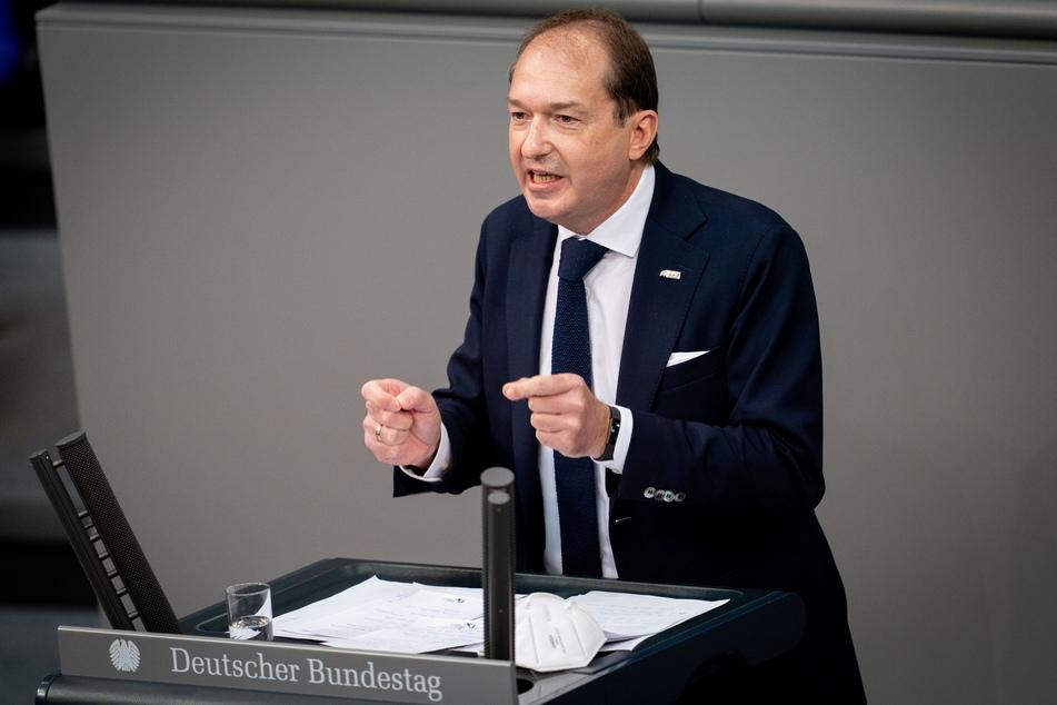 Alexander Dobrindt, CSU-Landesgruppenchef, fordert eine Verschärfung der Corona-Regeln.