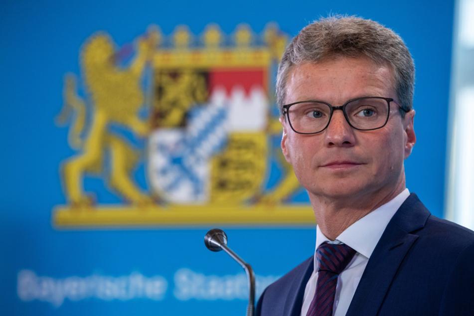 Bayerns Kunstminister Bernd Sibler (CSU) hat gute Nachrichten für Laienmusiker. (Archiv)