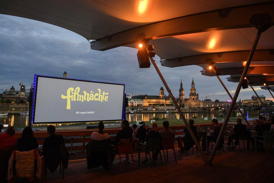 Vor Dresdens romantischer Kulisse startet auch in diesem Jahr wieder der filmische Genuss. (Archivbild)