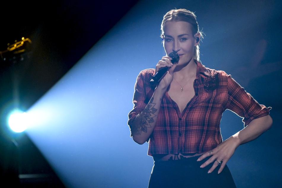 Mit der Frühjahrstour wird es im nächsten Jahr zwar leider nix, dafür können sich Fans von Sängerin Sarah Connor 2022 sogar auf eine Show in Leipzig freuen.