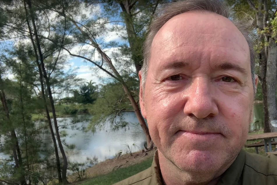 Kevin Spacey returns with video dedicated to people who are suffering