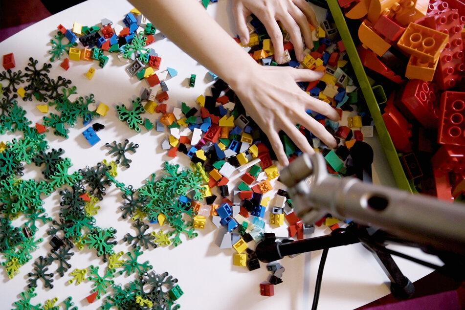 Die Lego-Musik entstand durch das Spielen mit den Bausteinen.