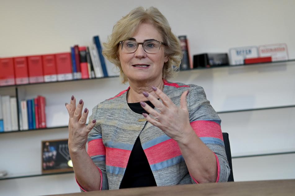 Christine Lambrecht (SPD) ist die Bundesministerin der Justiz und für Verbraucherschutz.
