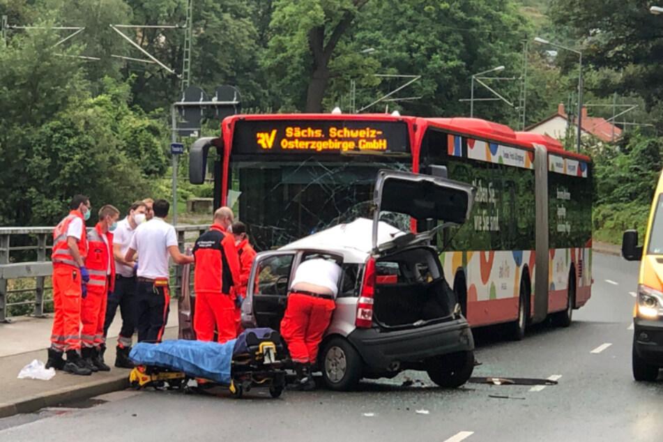 Durch den Crash wurde eine Person verletzt.