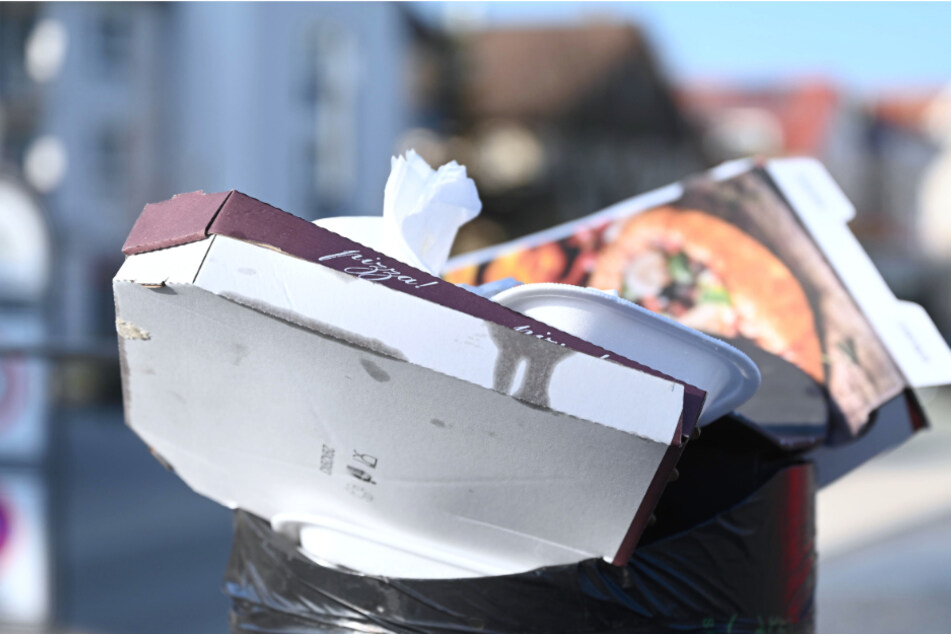 Stuttgart: Verpackungsflut durch Mitnehm-Angebote: Wie werden die Städte mit dem Müll fertig?
