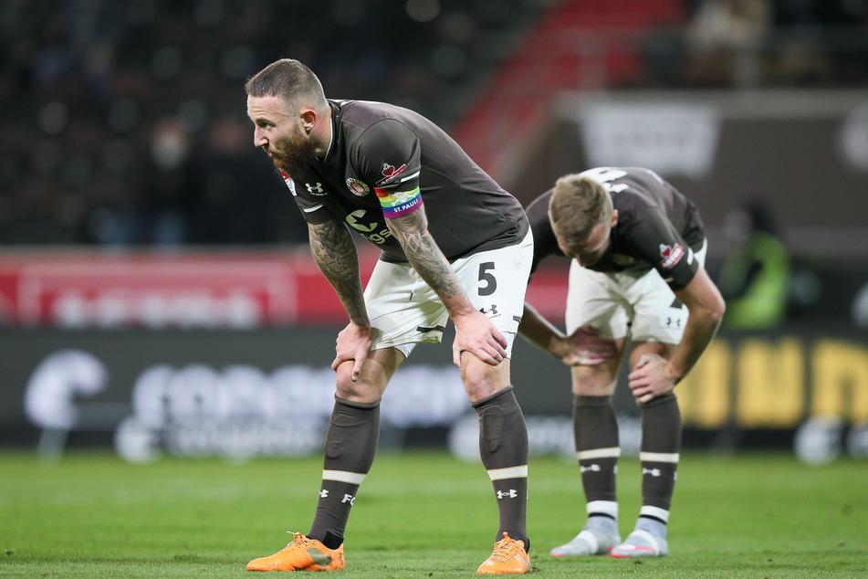 So enttäuscht wollen die FC St. Pauli-Spieler nach dem Derby gegen den Hamburger SV nicht sein. (Archivfoto)