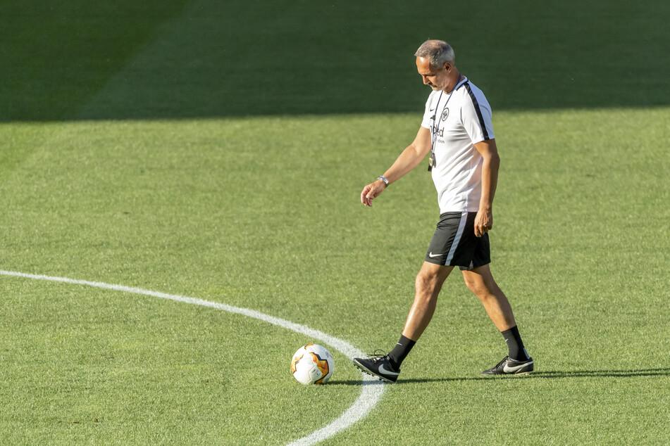 Eintracht-Coach Adi Hütter (50) während der Vorbereitung auf das verlorene Europa-League-Achtelfinal-Rückspiel beim FC Basel.