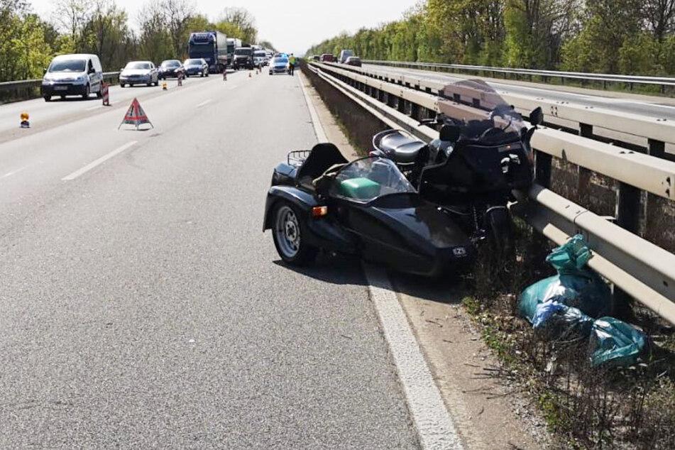 Der Motorradfahrer musste mit dem Rettungshubschrauber in ein Mainzer Krankenhaus geflogen werden.