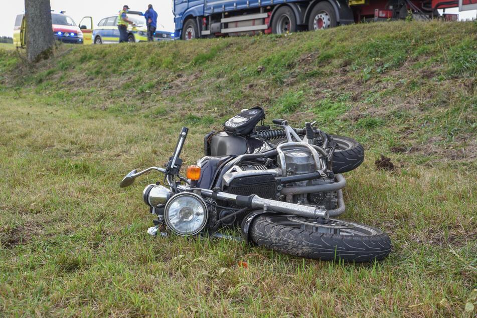 Ein Motorradfahrer wurde am Donnerstag bei einem Unfall auf der S215 schwer verletzt.