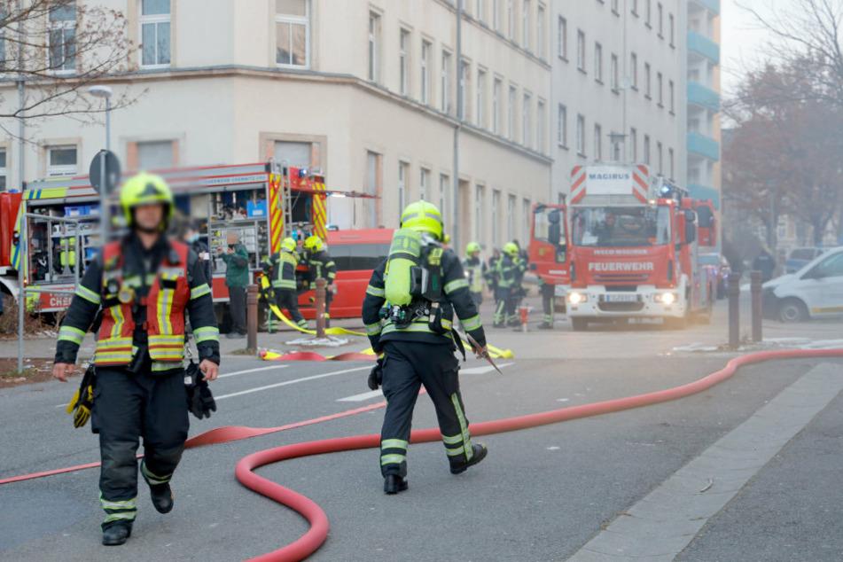 Chemnitz: Feuerwehreinsatz in Chemnitz: Kellerbrand auf dem Sonnenberg