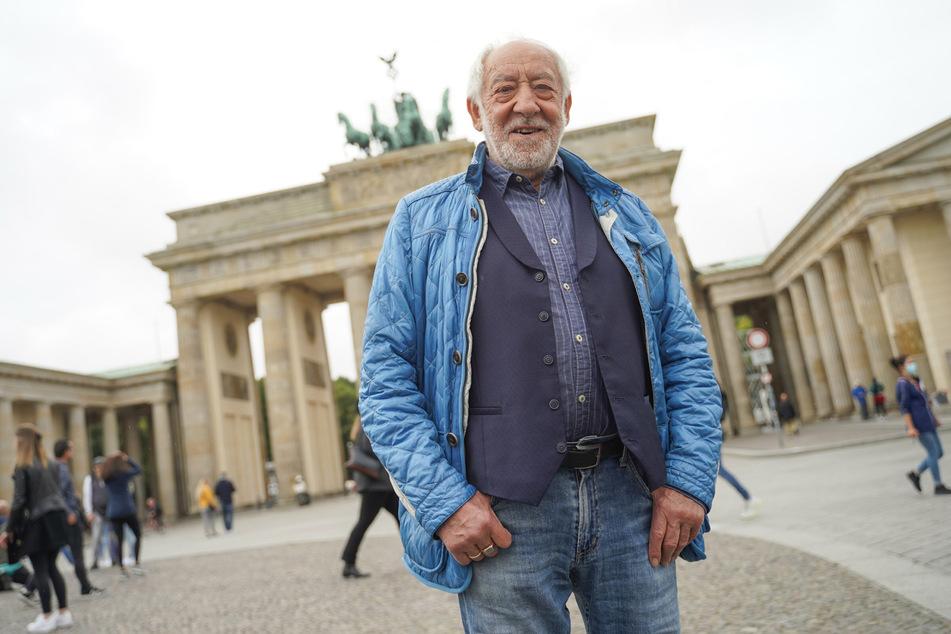 Dieter Hallervorden (86) will bei der kommenden Silvesterparty am Brandenburger Tor ein Medley mit Liedern von seinem neuen Album spielen.