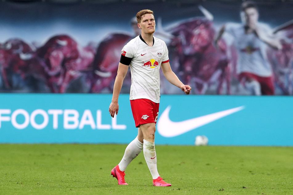 Marcel Halstenberg (29) vor dem Absprung? Laut einem Bericht sei der Nationalspieler mit seinem neuen Arbeitspapier nicht ganz zufrieden.