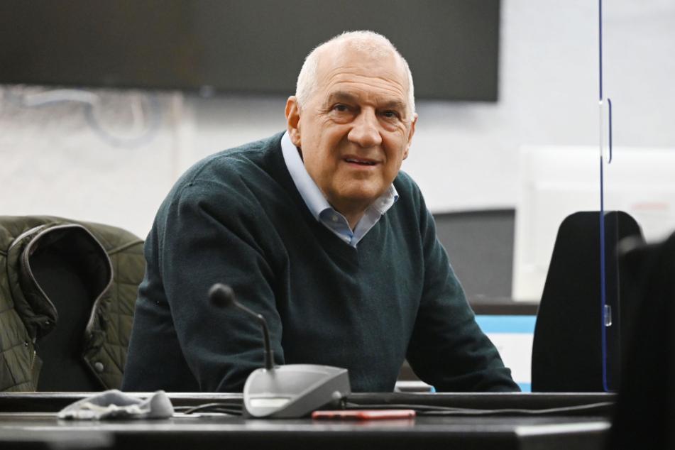 Willi Balz, Gründer des Windpark-Projektentwicklers Windreich, nimmt an der Urteilsverkündung im Prozess um die Insolvenz des Unternehmens teil.