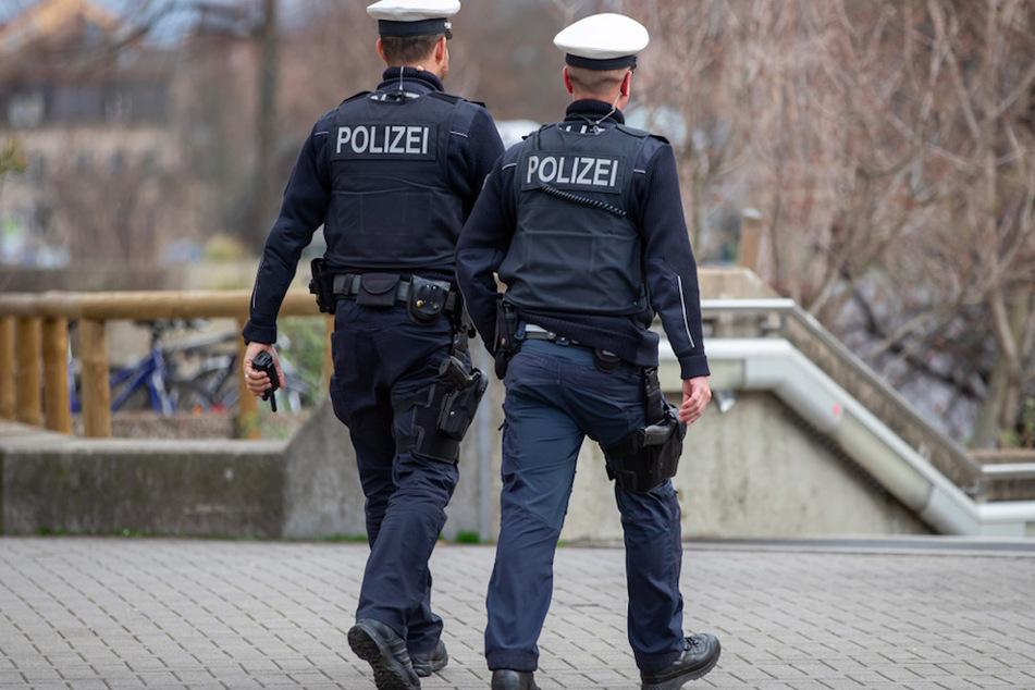 Toter Mann liegt in Nürnberger Innenstadt, jede Hilfe kommt für ihn zu spät
