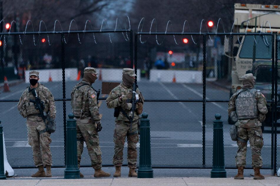 Mitglieder der Nationalgarde treffen Vorkehrungen für die Sicherheit der Inaugurationszeremonie des gewählten Präsidenten Joe Biden.