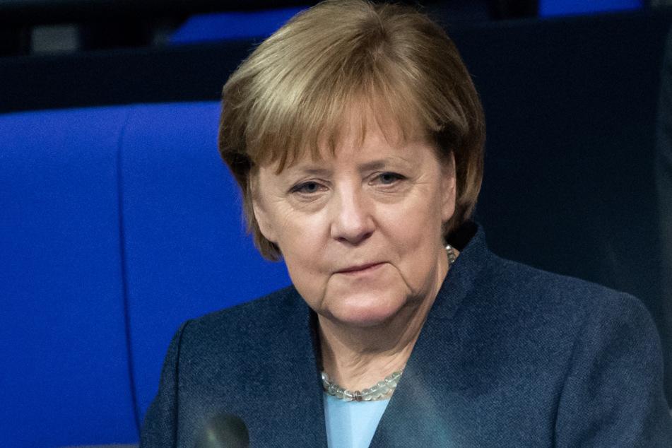 Kanzlerin Merkel (66, CDU) wird den eingeschlagenen Lockdown-Kurs wohl fortsetzen.