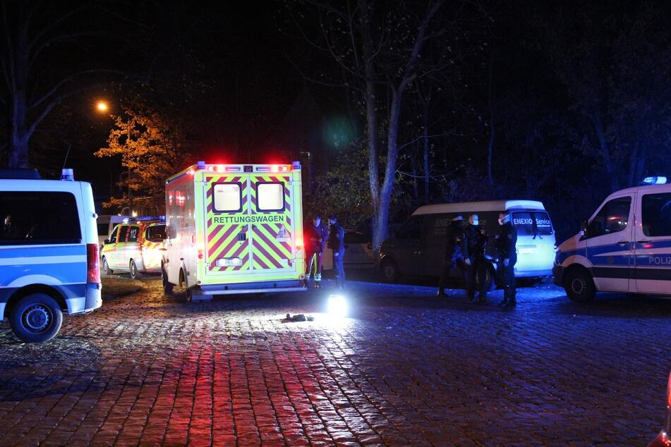 Unbestätigten Informationen zufolge musste mindestens eine Person ins Krankenhaus gebracht werden.