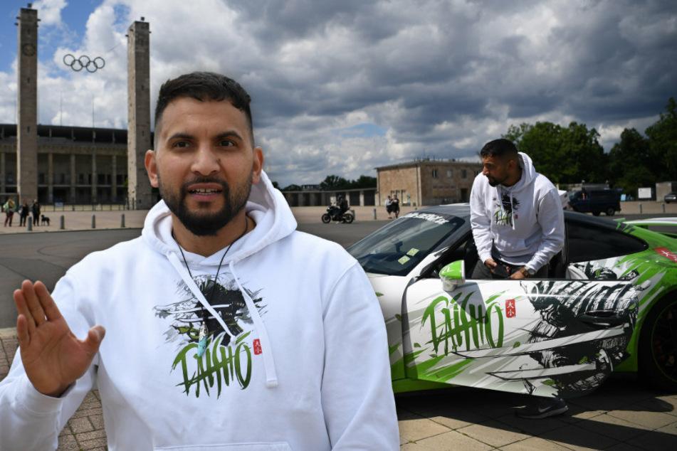 """Wirbt mit dem Porsche auch für seinen """"Daisho""""-Energy-Drink: Attila Hildmann (39) bei einer Anti-Corona-Demo in Berlin. (Bildmontage)"""