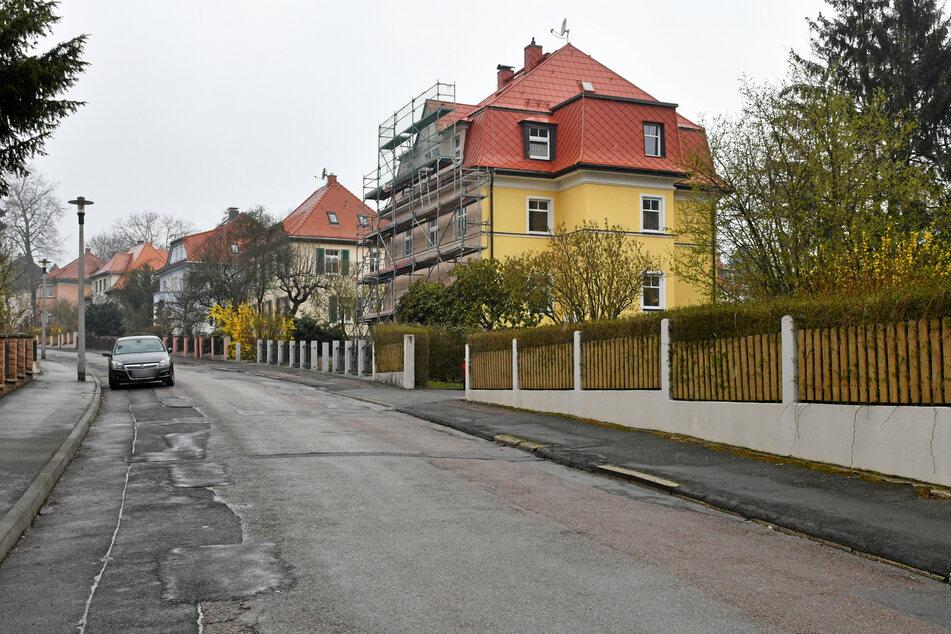 Blick auf die Villa in der Johann-Sebastian-Bach-Straße in Freiberg. Im zweiten Obergeschoss des Hauses kam es zu einem Ehedrama.