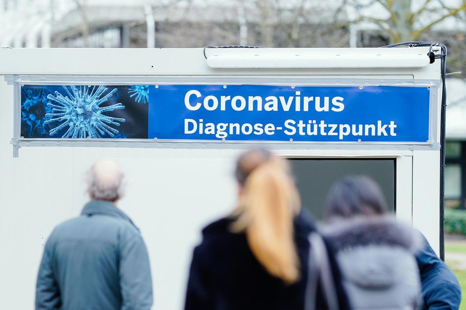 In immer mehr Städten gibt es Diagnosezentrem für Tests auf das Coronavirus.