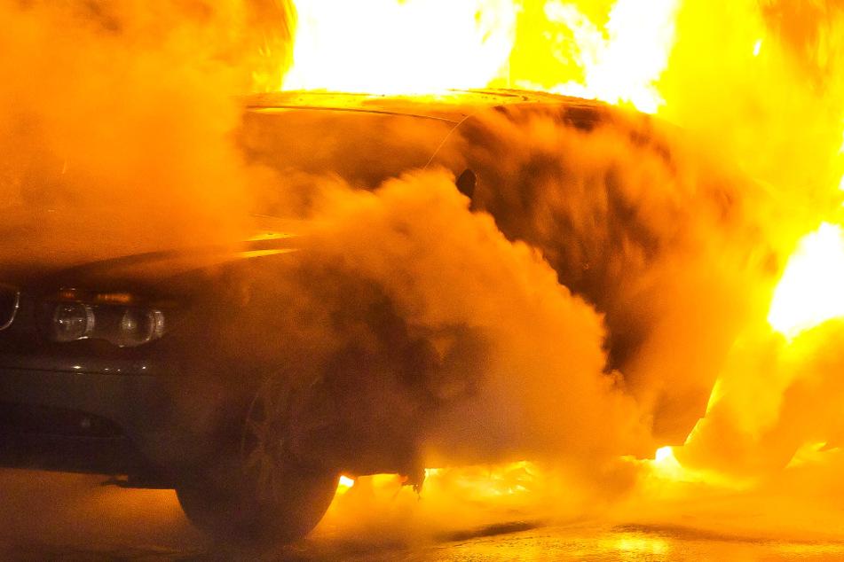 Auto-Brand und explodierende Munition: Vollsperrung der L3120 bei Heppenheim