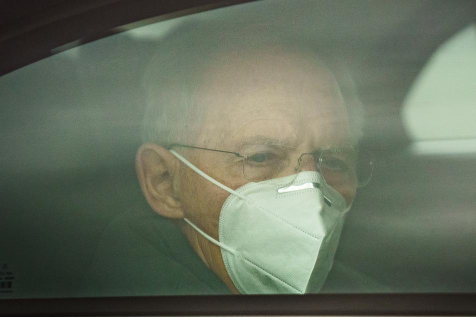 Bundestagspräsident Wolfgang Schäuble (78, CDU) attestierte Laschet, dass er alles für eine Kanzlerkandidatur mitbringe