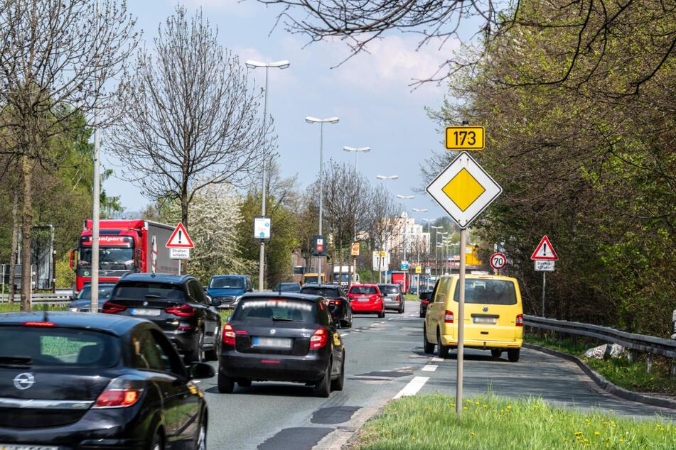 Die kurze Auffahrt vom Neefepark in die Neefestraße ist ein Unfallschwerpunkt.