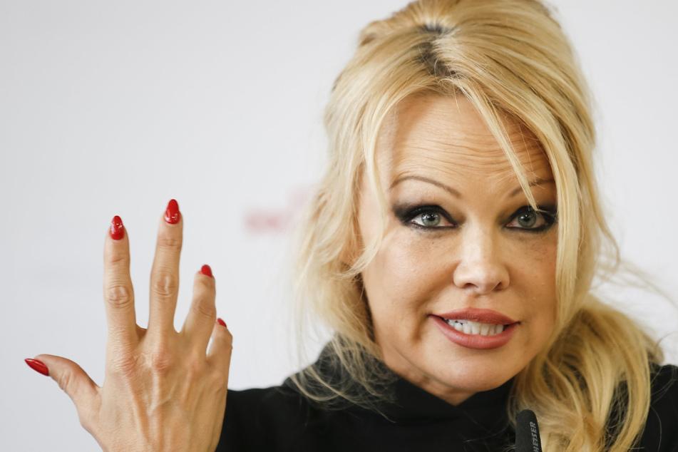 """Pamela Anderson verkauft ihre Luxusvilla am """"Baywatch""""-Strand und verlässt die USA"""