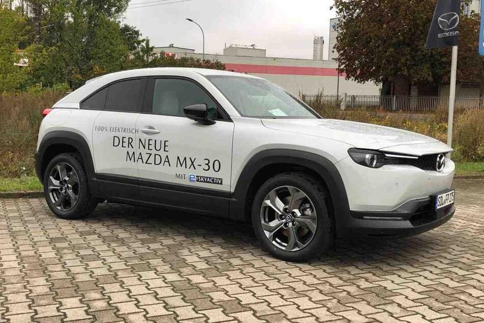 Der neue Mazda MX-30 ist im Autohaus Priegnitz schon verfügbar.