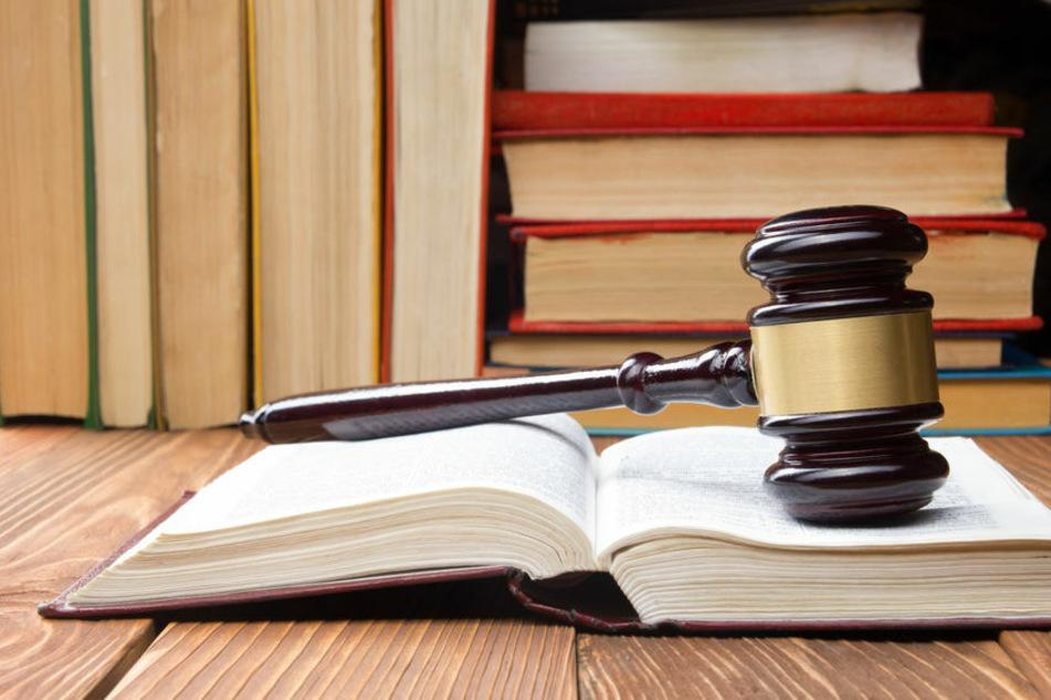 Klagen gegen Corona-Regeln bringen Gerichte an Grenze der Belastbarkeit