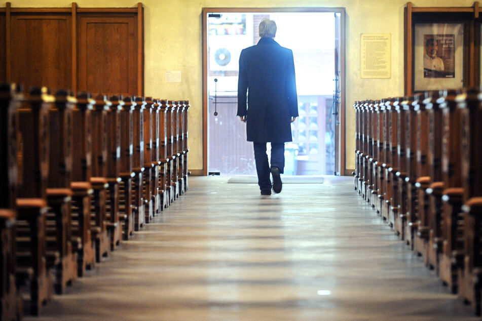 Im vergangenen Jahr haben 89.694 Katholiken in Nordrhein-Westfalen ihrer Kirche den Rücken gekehrt. (Symbolbild)