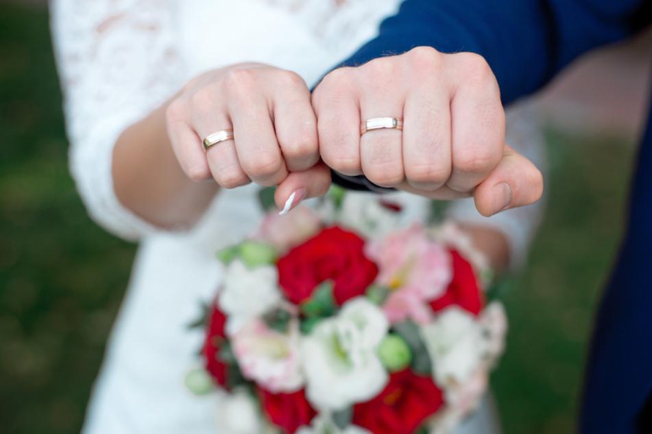Trotz Lockdown: Arabische Großfamilie feiert Hochzeit mit 55 Gästen