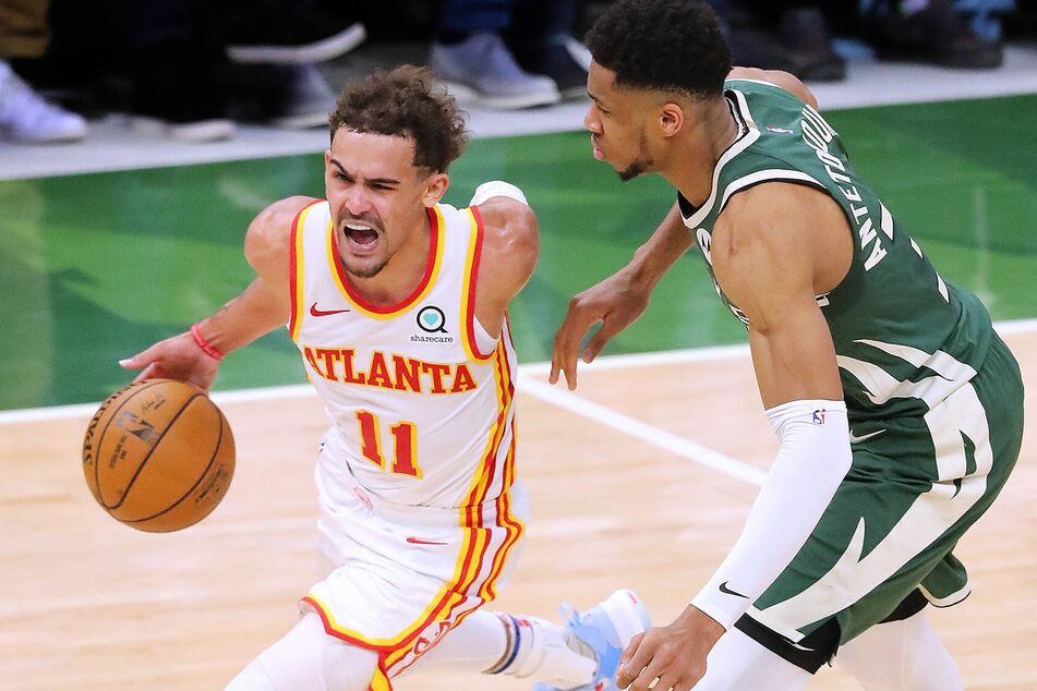 NBA Playoffs: The Bucks steal the win and the series lead over the Hawks with a late comeback in Game 3