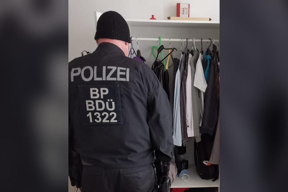 Die Bundespolizei durchsuchte die Wohn- und Geschäftsräume des 53-jährigen Hauptverdächtigen.