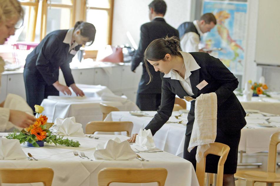 Die Gastronomie wirbt um Nachwuchs. Die Übernahme- und Aufstiegschancen sind laut DEHOGA sonnig.