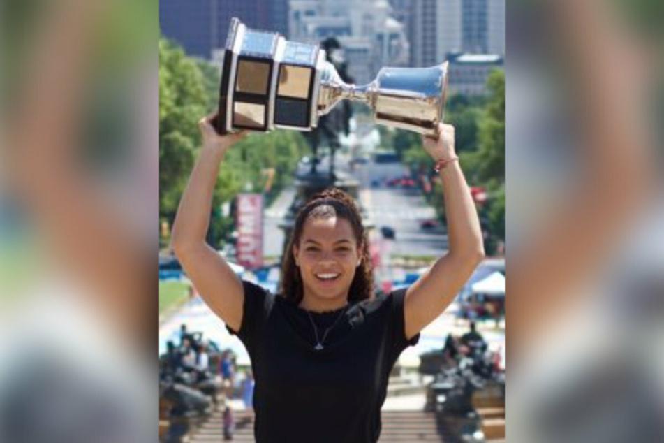 Kelsey Koelzer is the new head coach of the Arcadia University women's ice hockey team.