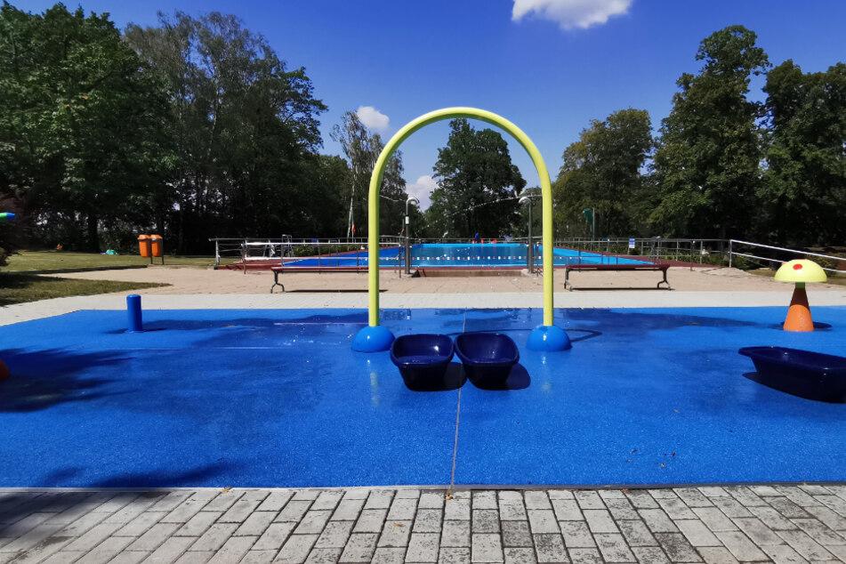 Das Luftbad Dölzschen: Kinder dürfen weiter planschen, das Becken ist Hintergrund ist seit heute dicht.
