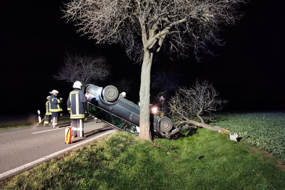 Ein 43-Jähriger ist bei einem Unfall im Harz schwer verletzt worden. Der Mann war betrunken gefahren.