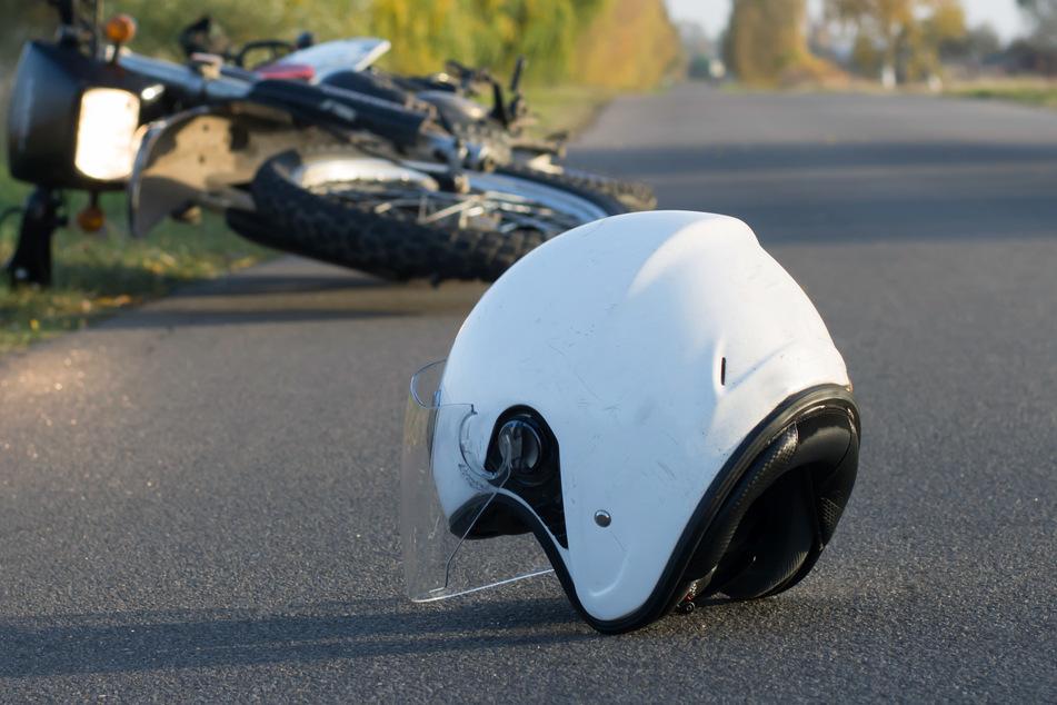 Tragischer Unfall: 17-jähriger Motorradfahrer stirbt bei Zusammenstoß mit Lkw