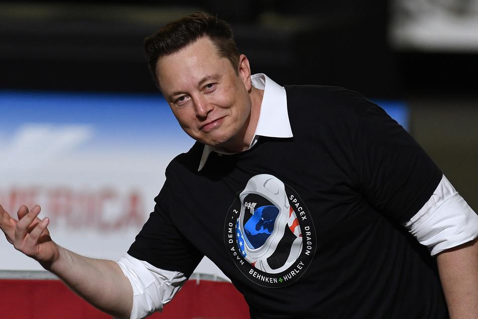 Musk kündigt an, den Messenger Signal finanziell weiterhin zu unterstützen.