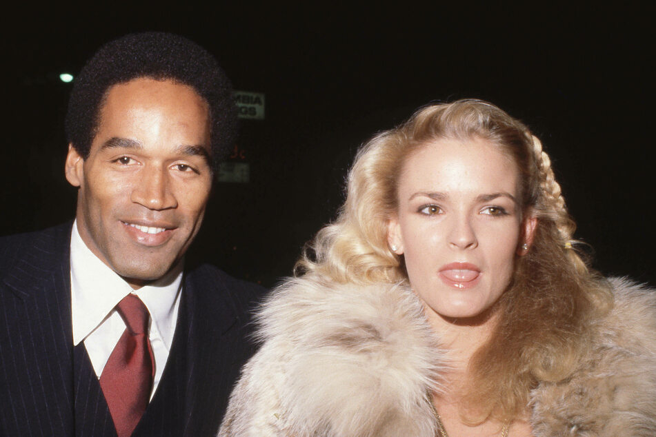 Nicole Simpson Brown (r) and O.J. Simpson (l) in 1987. The pair divorced in 1992, two years before she was murdered.