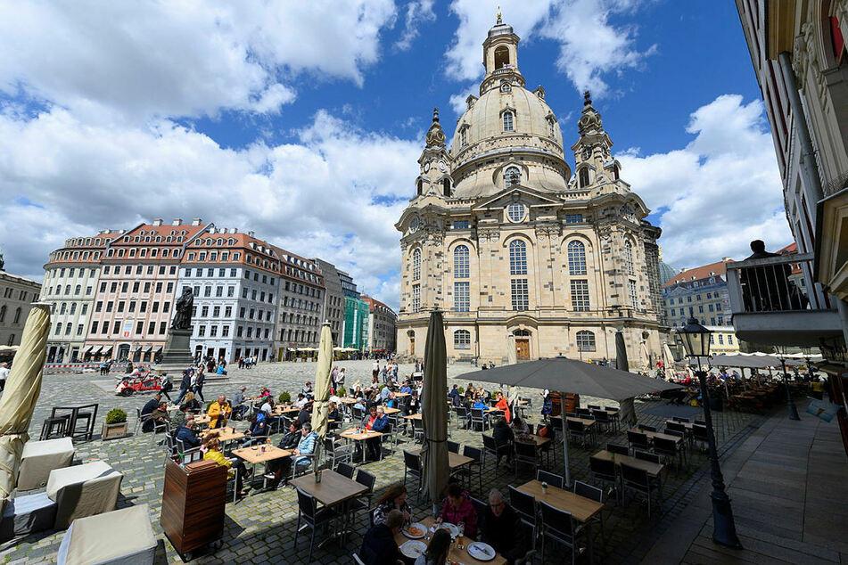 Sonnige Aussichten in Dresden: Ab dem heutigen Mittwoch gibt es weitere Lockerungen in der Landeshauptstadt.