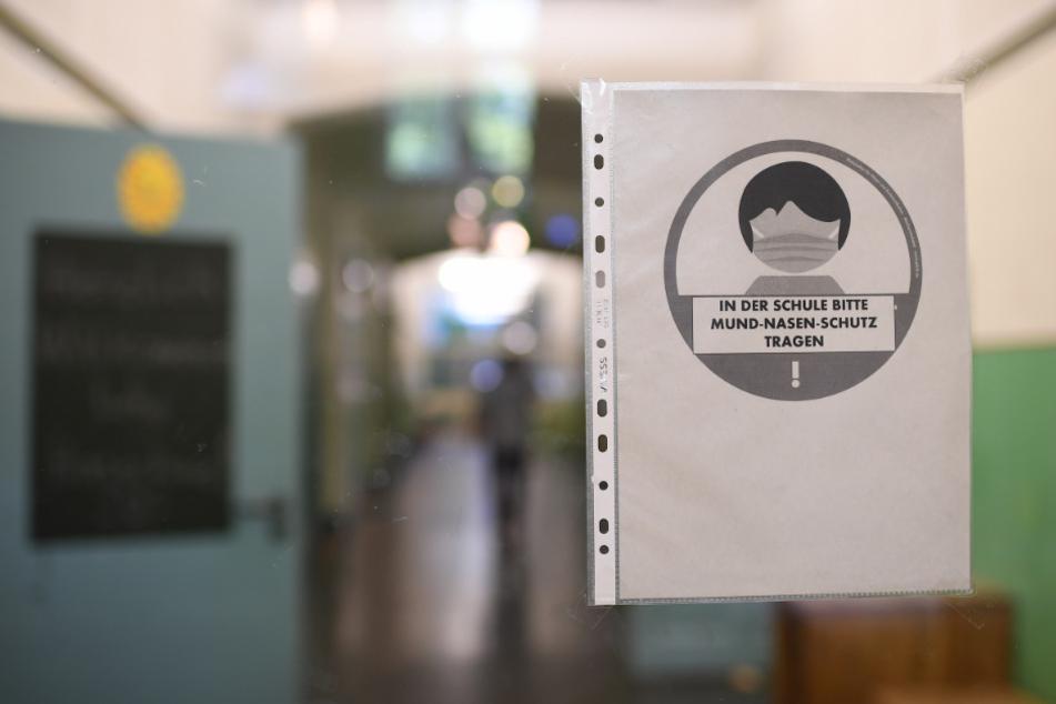 Laut einem Bericht sind bislang an 37 Berliner Schulen Corona-Fälle gemeldet worden. Die Schulen selbst sollen dabei keine Hot-Spots für das Virus sein. (Symbolfoto)