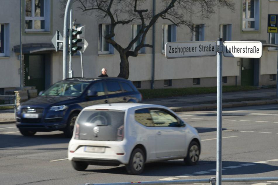 Die Zschopauer Straße ist zwischen Lutherstraße und Ritterstraße gesperrt. (Archivbild)