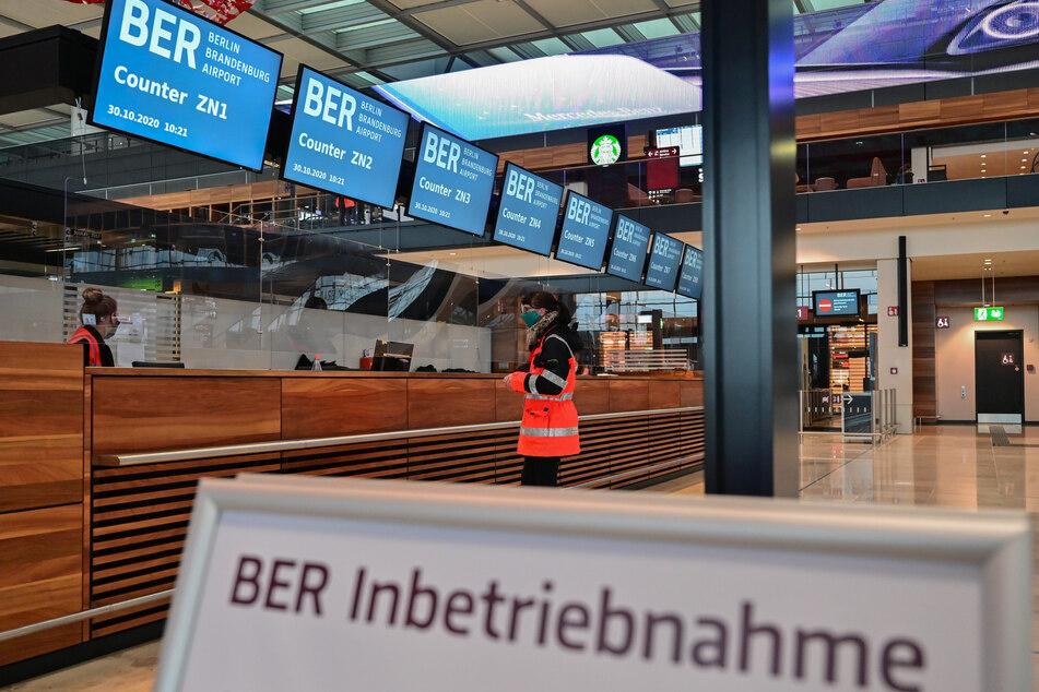 Die Eröffnung des Hauptstadtflughafens BER ist für den 31.10.2020 geplant.