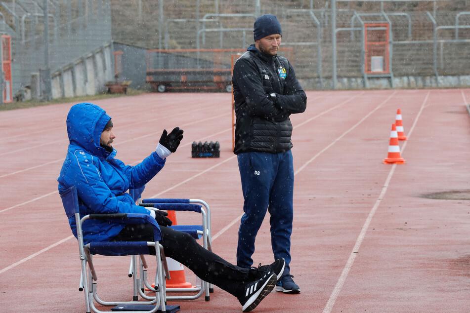 Trainer Daniel Berlinski (35 ,r.) und Co-Trainer Christian Tiffert (39).